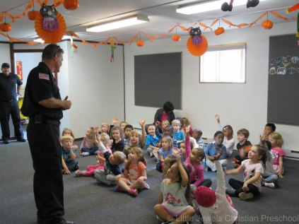 2016__lj_firefighter-visit-118